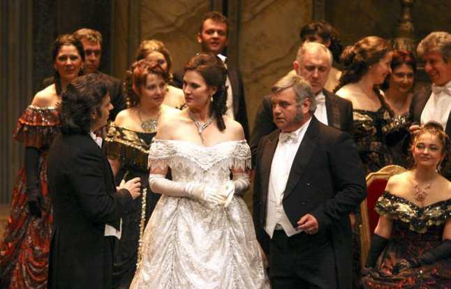 traviata_verdi_1